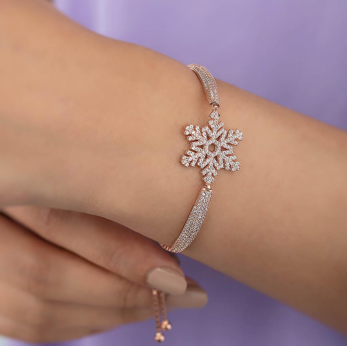 Gümüş Pazarım - Kar Tanesi Motifli Asansörlü Gümüş Bileklik