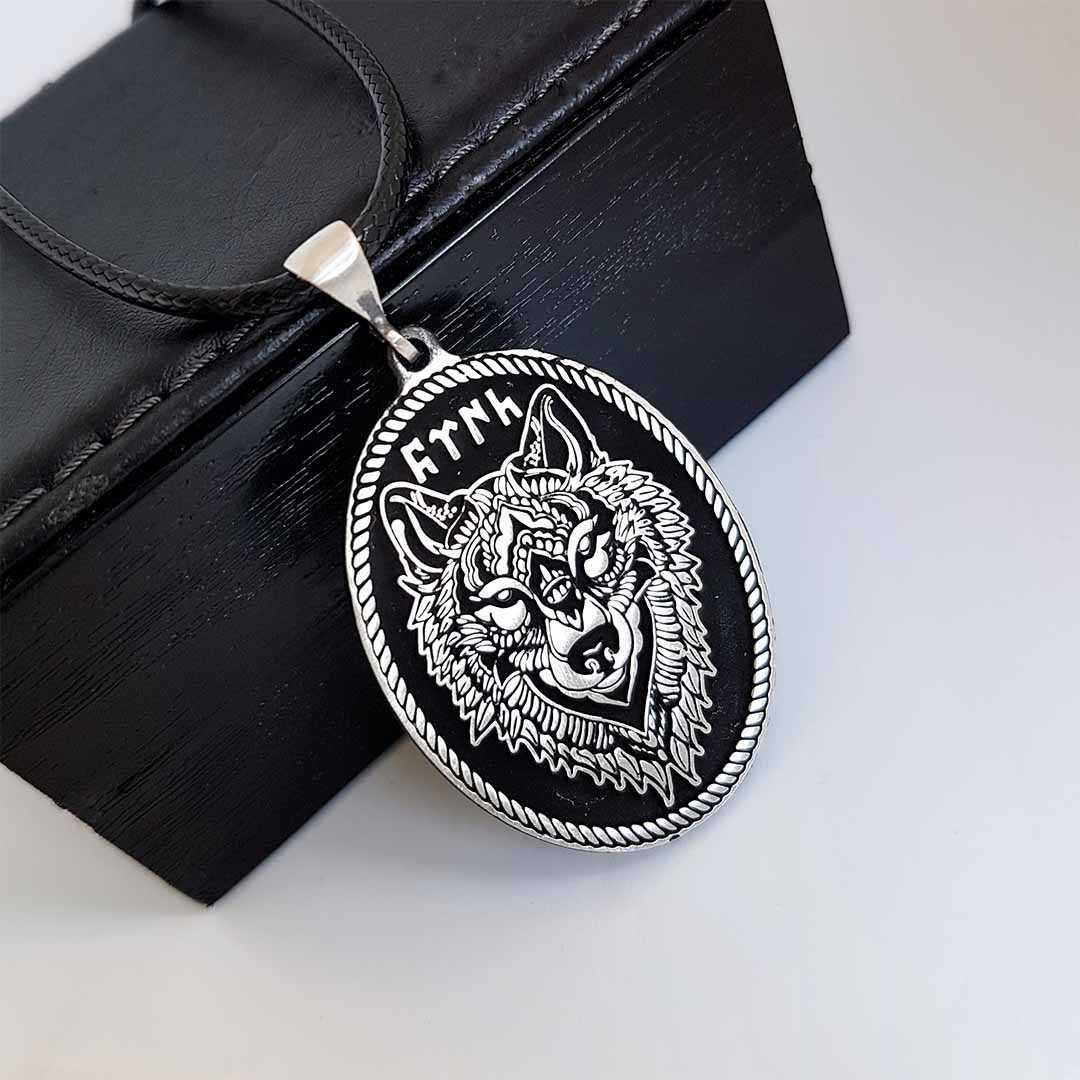 Gümüş Pazarım - Kurt Motifli Gümüş Erkek Kolyesi (1)