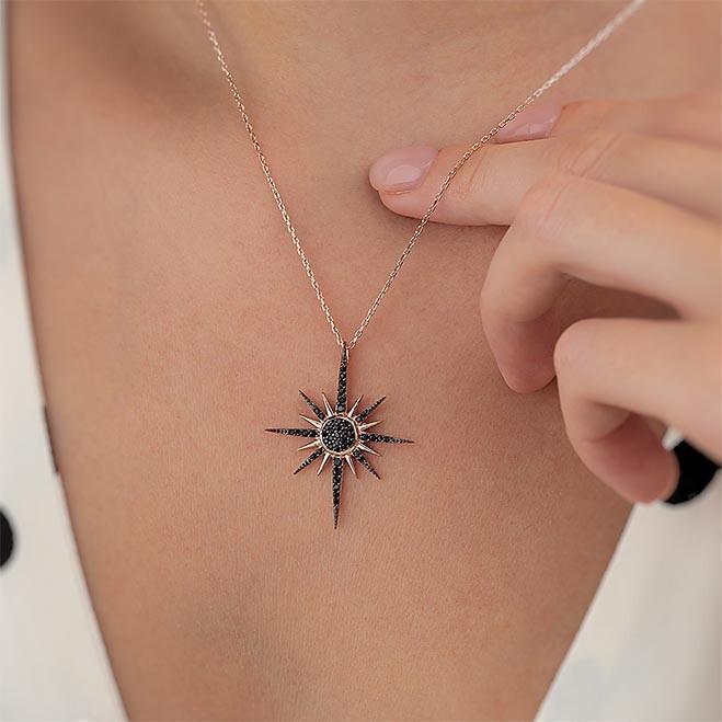 Oniks Taşlı Kutup Yıldızı Motifli Gümüş Kolye - Thumbnail