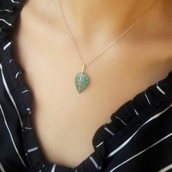 Zeytin Yaprağı Motifli Gümüş Kolye - Thumbnail